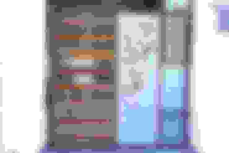 Casas de estilo  por Hasta architects