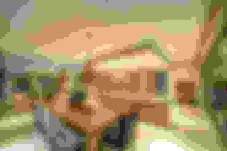 House Auriga:  Kitchen by Swart & Associates Architects