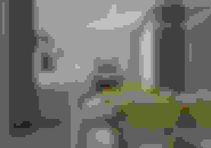 Интерьер гостиной: Гостиная в . Автор – Open Village