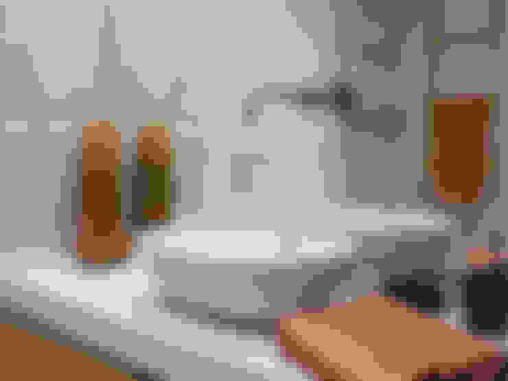 Baños de estilo  por MUDA Home Design