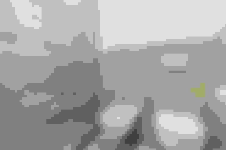 Salle de bains de style  par Facile Ristrutturare