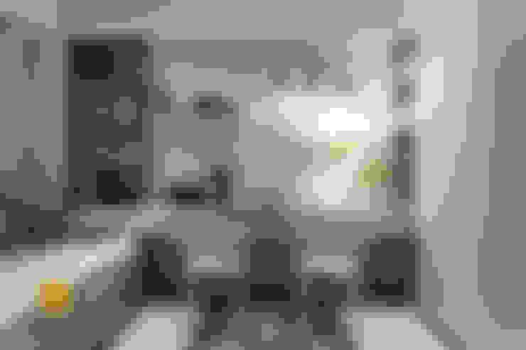 Cuartos de estilo  por 垼程建築師事務所/浮見月設計工程有限公司