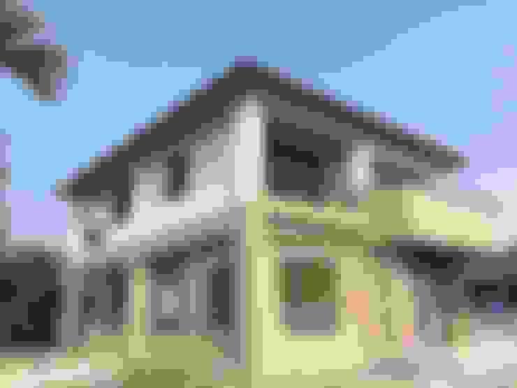 Casas  por 綠藝營造