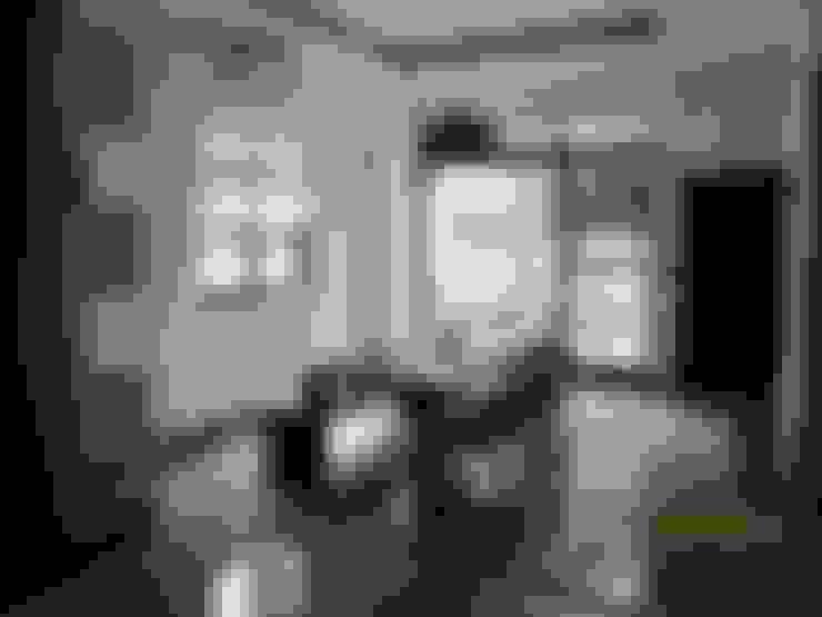Dining room by 勝暉建築工程行