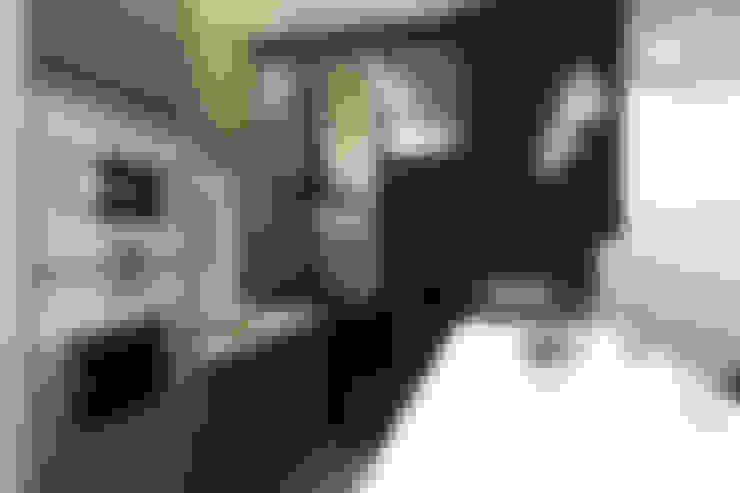竹北 坤山鼎峰 楊宅:  廚房 by 直譯空間設計有限公司