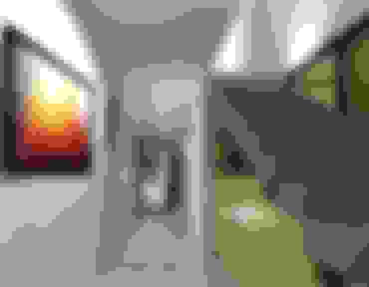 الممر والمدخل تنفيذ FRACTAL CORP Arquitectura