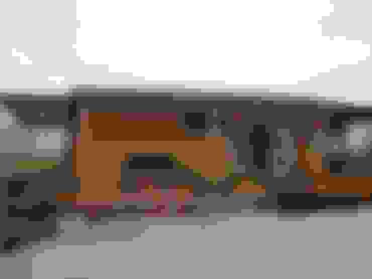 Rumah by 鄉村東和鋼構木屋