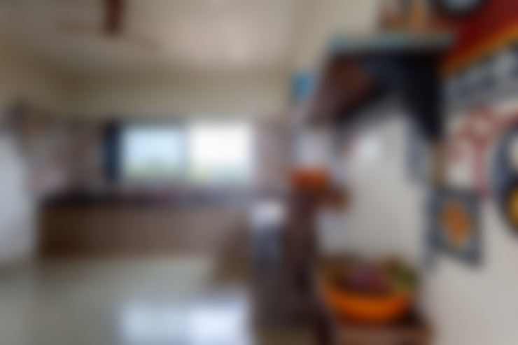 Kavardhara Villa :  Kitchen by Inscape Designers
