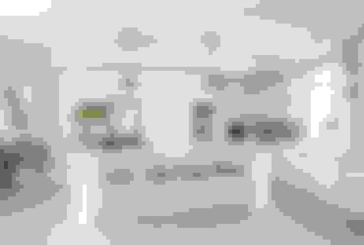Kitchen:  Kitchen by Salomé Knijnenburg Interiors