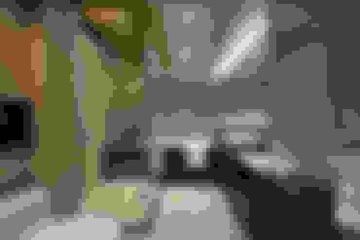 新東風時尚 仿飾頂級酒店的簡約奢華:  浴室 by Luova 創研俬.集
