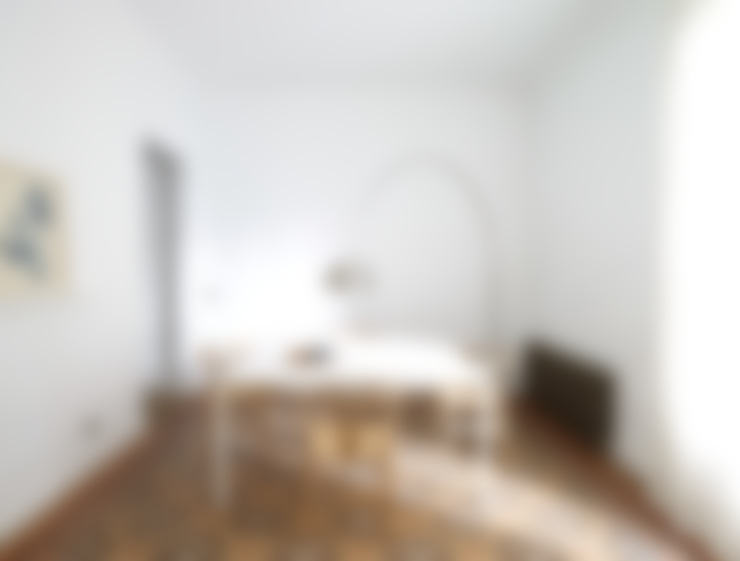 Dining room by Oliveras Boix Arquitectes