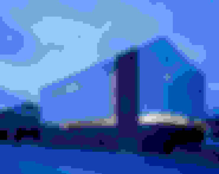 Casas de estilo  por 森裕建築設計事務所 / Mori Architect Office