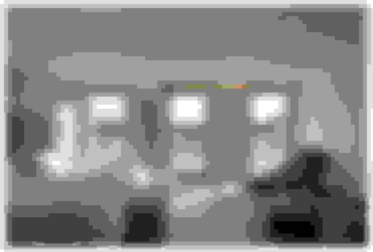 غرفة نوم تنفيذ Tono Vila Architecture & Design