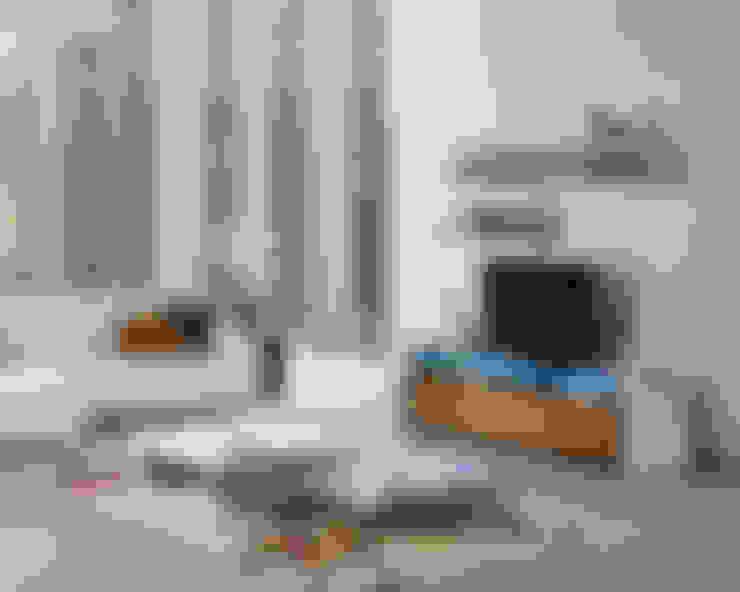 Living room by Antarte Mobiliário