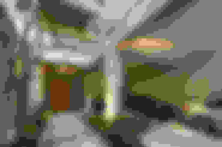 Rumah by 大也設計工程有限公司 Dal DesignGroup