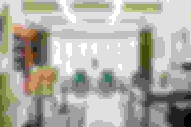 Phòng học/Văn phòng by Lorna Gross Interior Design