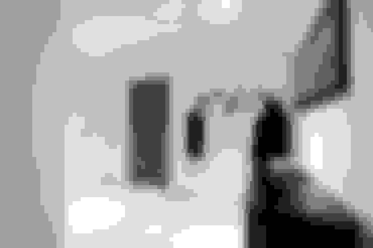 走廊 & 玄關 by Patience Designs