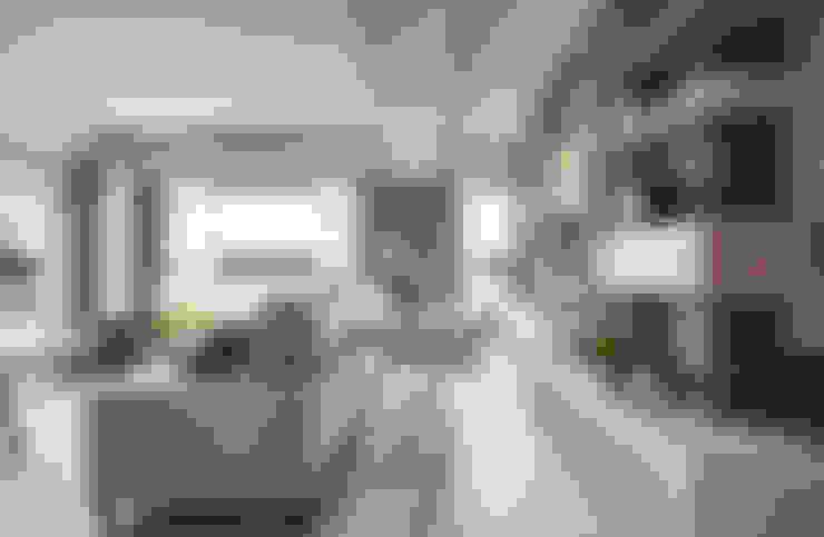 Estudios y oficinas de estilo  por 思維空間設計