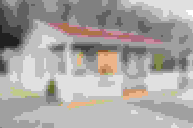 Garages & sheds by CraneGardenBuildings