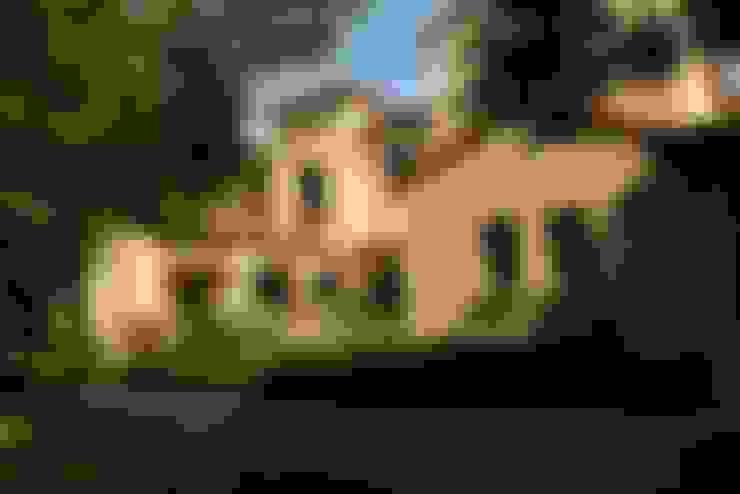 Casa en Pacheco Golf Club: Casas de estilo  por Rocha & Figueroa Bunge arquitectos