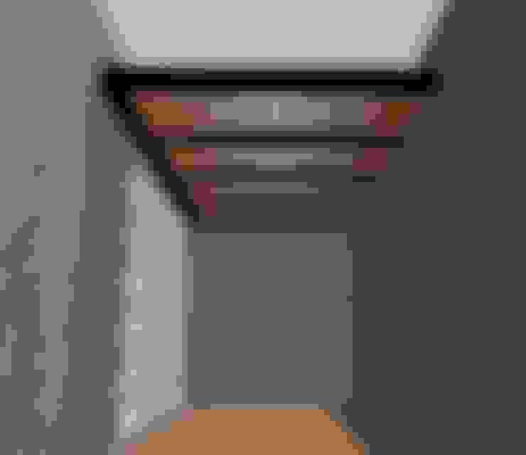 Hiên, sân thượng by Síntesis Arquitectónica ®