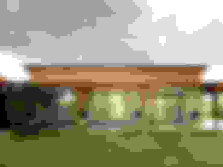 Viviendas Loteo Las Lavandas: Casas de estilo  por Azcona Vega Arquitectos