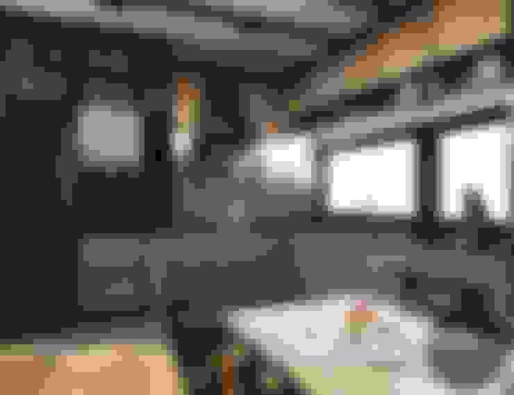 Cocinas de estilo  por MONOstudio