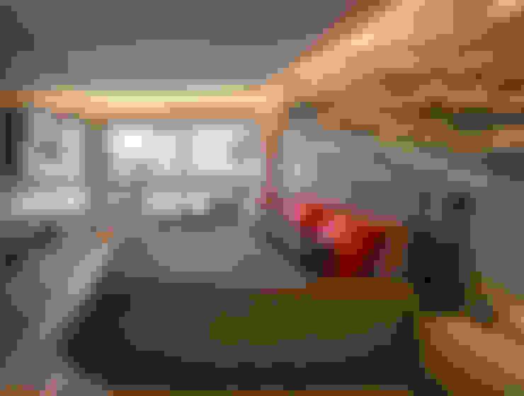 Dormitorios de estilo  por Quadrilha Design Arquitetura