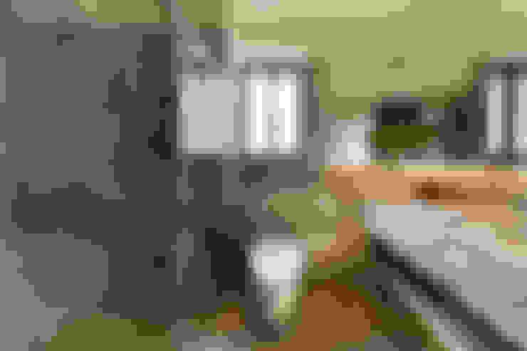 作品十號德鑫v1:  浴室 by 沐設計