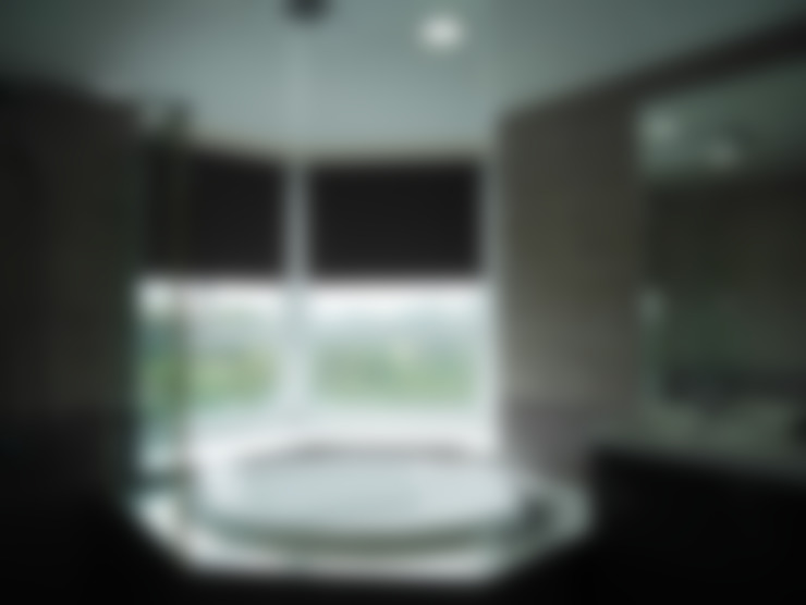 捲簾:  浴室 by 敦閣織品股份有限公司