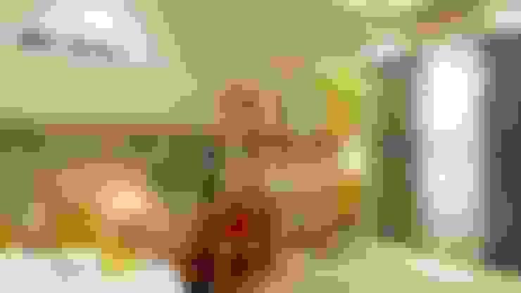 Rhythm Apartment:  Nursery/kid's room by Mobius Architects