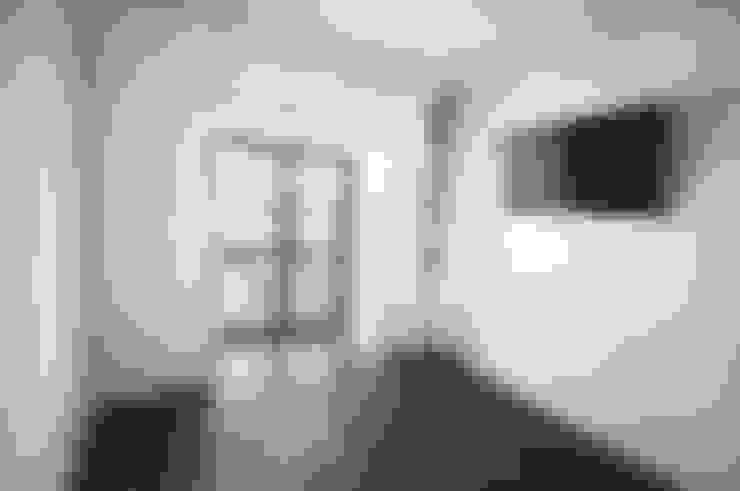 Bedroom by NOVACOBE - Construção e Reabilitação, Lda.