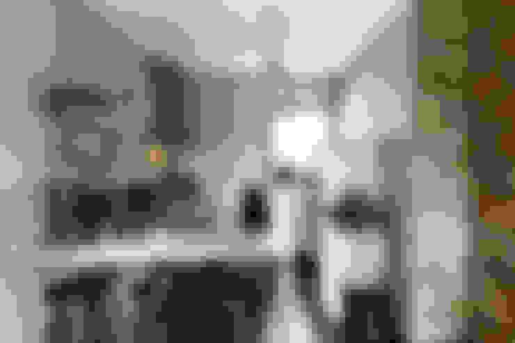 Kitchen by Marion van Vliet Interieurontwerp