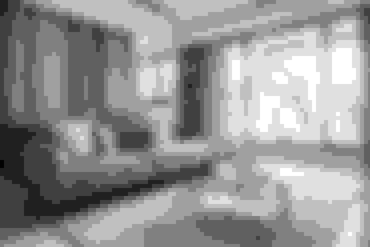Woonkamer door 理絲室內設計有限公司 Ris Interior Design Co., Ltd.