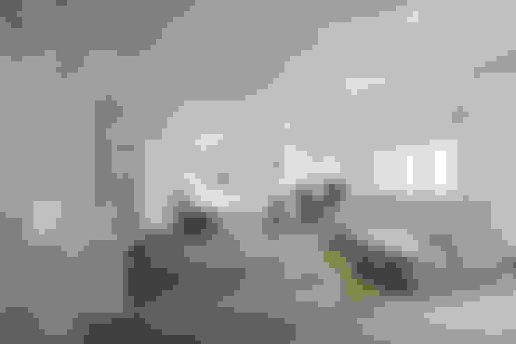 غرفة المعيشة تنفيذ piano a