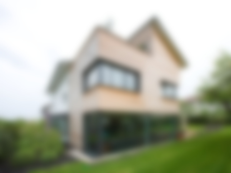 Rumah by Gaus & Knödler Architekten