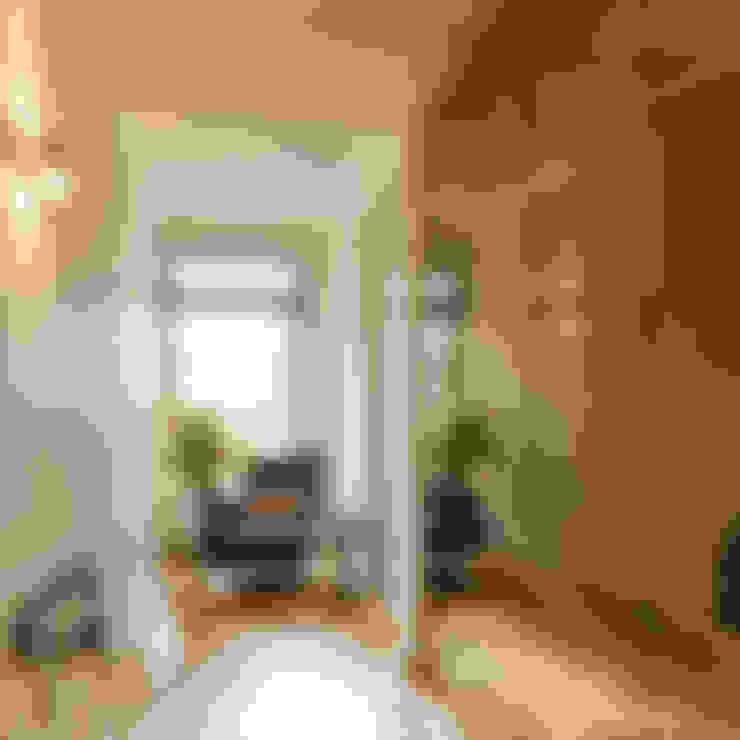 Ingresso & Corridoio in stile  di Studio 29 Architects ltd