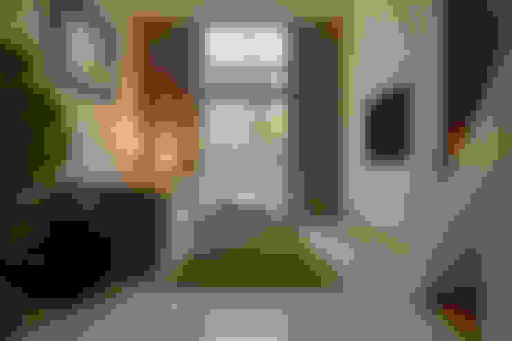 農安街樓中樓:  客廳 by 星葉室內裝修有限公司