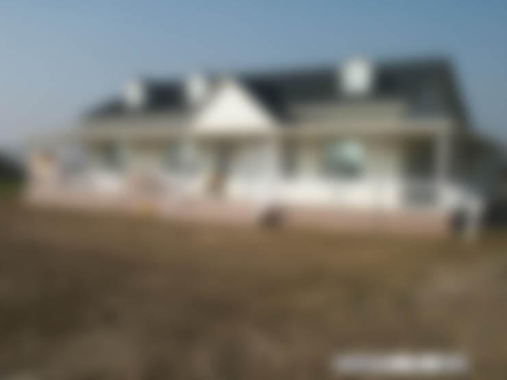 J1003:  房子 by 晶莊工程有限公司