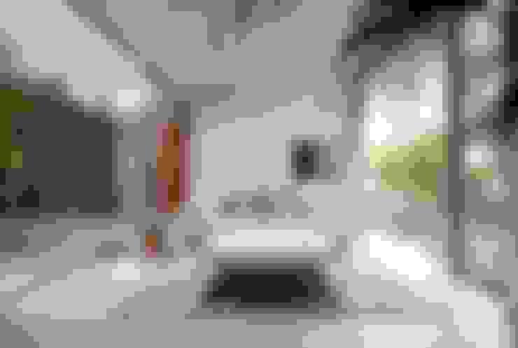 Ruang Keluarga by 藤井伸介建築設計室