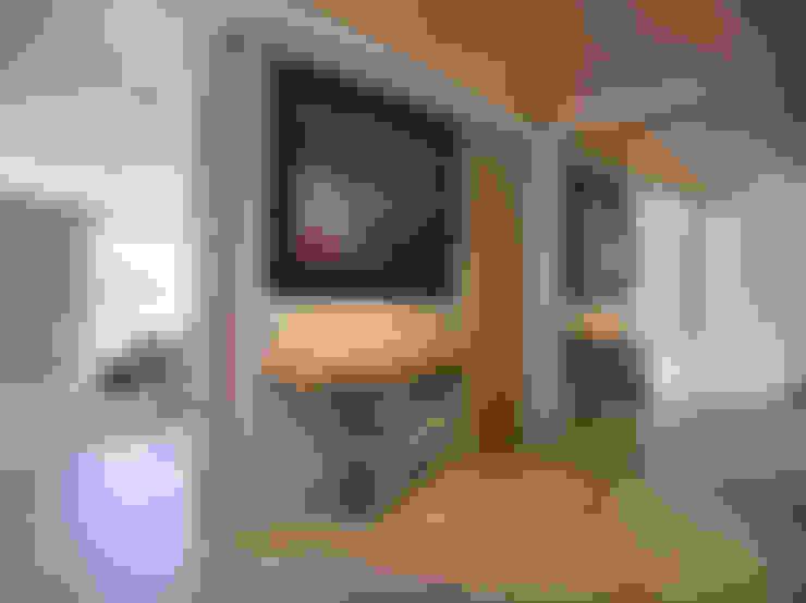 澄‧ 朗 陽光新境-金山南路李宅:  走廊 & 玄關 by 舍子美學設計有限公司