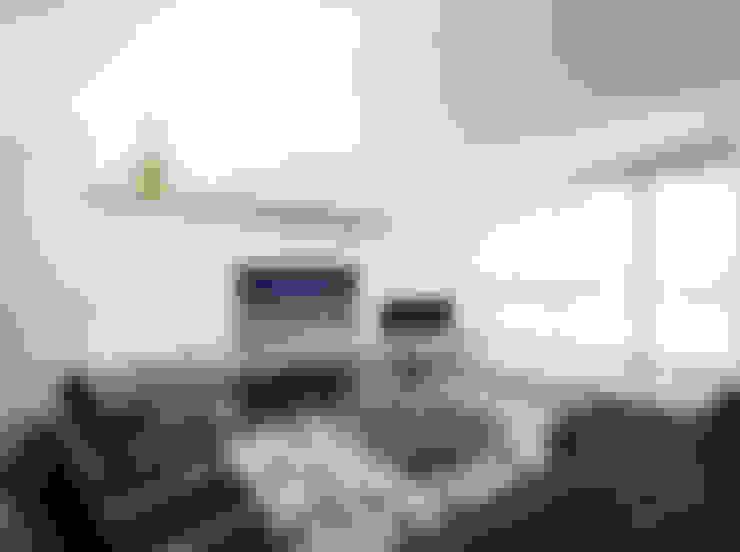 Living room by Didonè Comacchio Architects