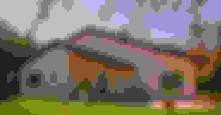 Casas de estilo  por Costantini Case in Legno