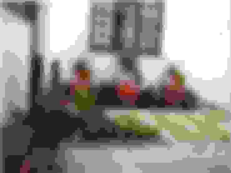 Jardines de estilo  por Young Landscape Design Studio