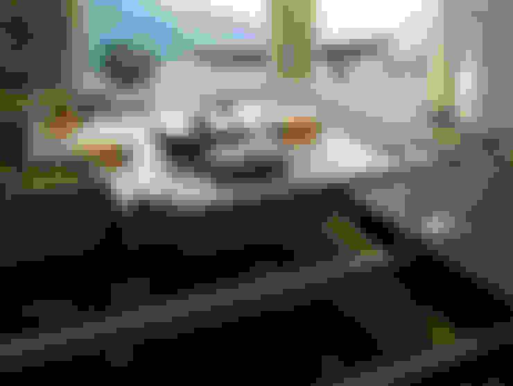 Dormitorios de estilo  por 鼎爵室內裝修設計工程有限公司