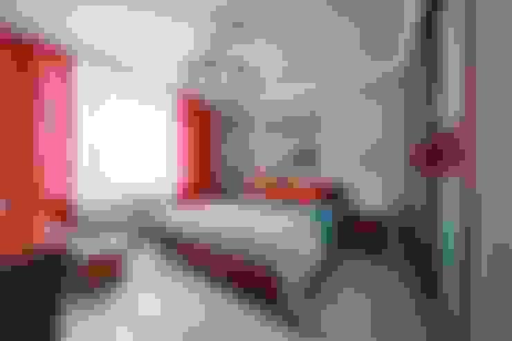 Реализованный проект интерьера квартиры в городе Екатеринбург по улице Набережная рабочей молодежи дом 1: Спальни в . Автор – Дизайн Студия 33