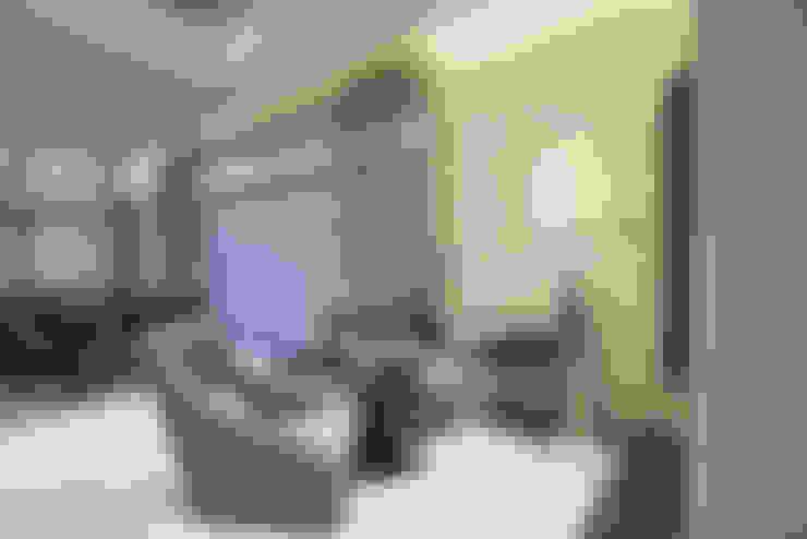 Salas de estilo  por Design Anche