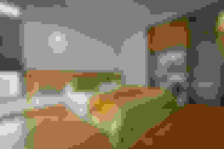 Dormitorios de estilo  por 參與室內設計有限公司