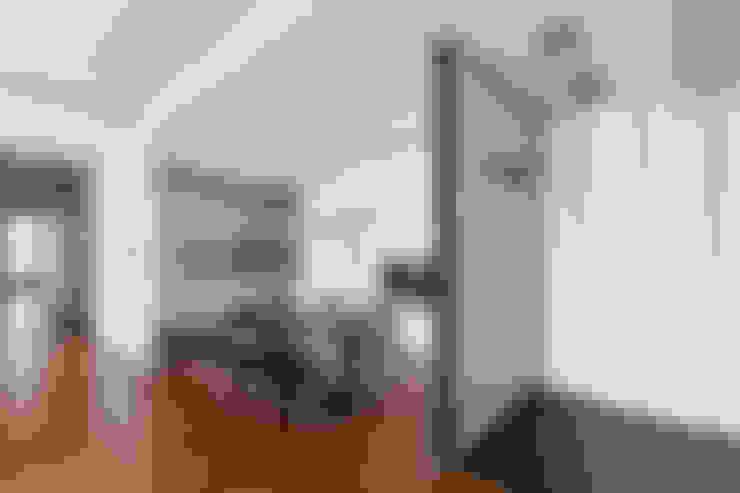 沉思。呢喃對話:  玄關、走廊與階梯 by 一水一木設計工作室