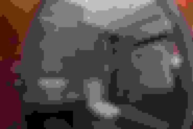 VISTA BAÑO PRIMER NIVEL: Baños de estilo  por Directorio Inmobiliario